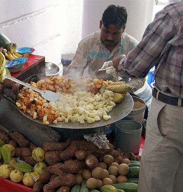 Head to Bengali Market, Quitib Institutional Area or Karol Bagh for yummy street food