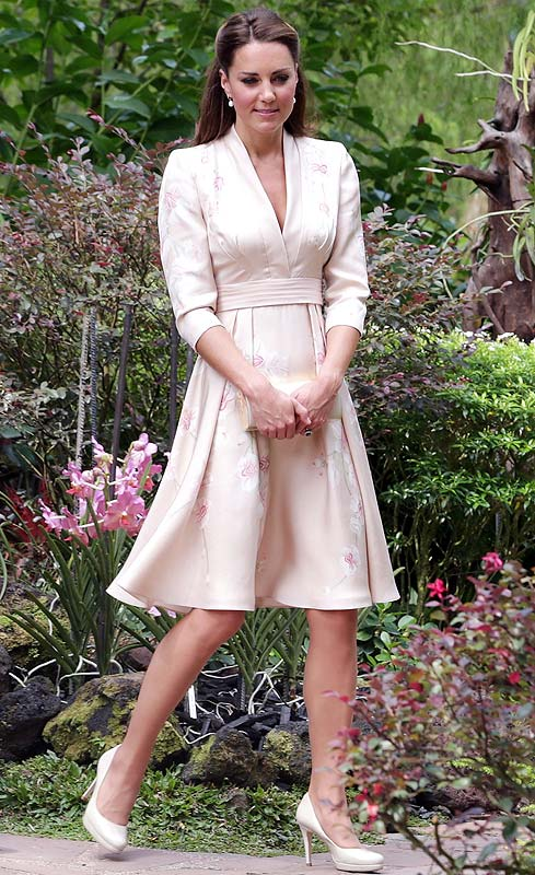Princess fashion file: Kate's amazing styles in Asia! - Rediff ...
