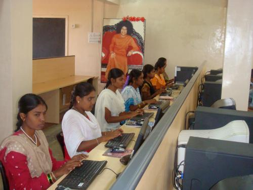 Employees working at Rural Shores' Puttaparthy centre