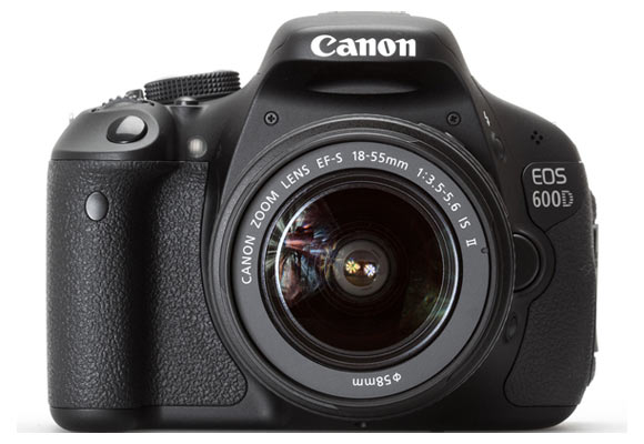 Top 10 DSLRs between Rs 40k and Rs 1L