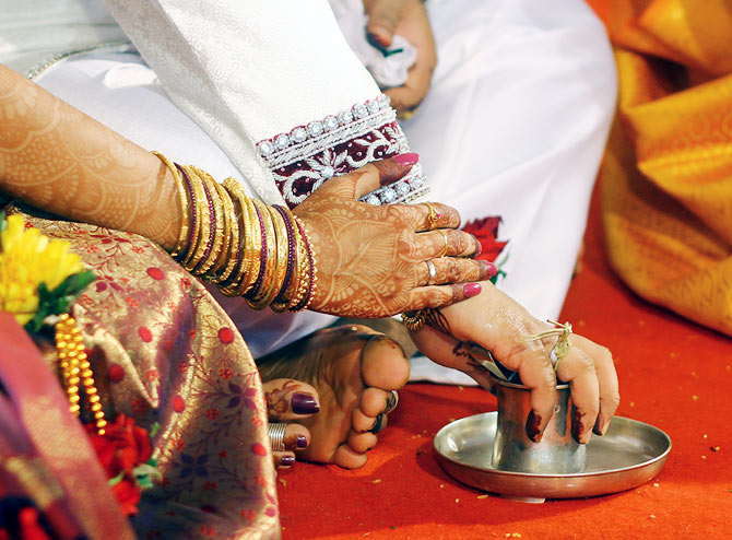 Urban Indians are showing an increased interest in inter-caste marriages.
