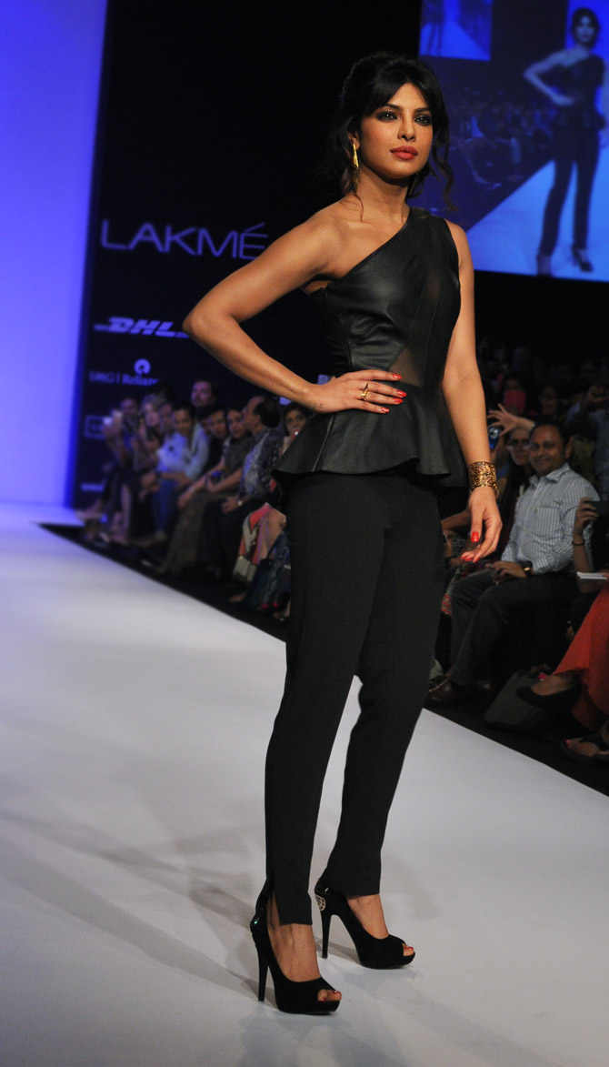 Hot or NOT? Vote for Priyanka Chopra's look at LFW!