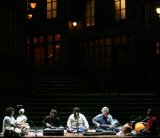 Jazz group 'Shakti' perform on stage at the Madrid's Royal Theatre; (L-R) Zakir Hussain, U Shirinivas, Shankar Mahadevan, British guitarist John McLaughlin and V Selvaganesh