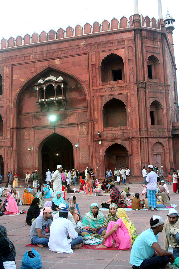 Delhi's Jama Masjid is THE place to visit during Ramzan
