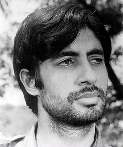 A still from Saat Hindustani, Amitabh Bachchan's first film