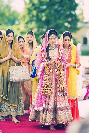 CHECK OUT: Amazing photographs from Indian weddings!