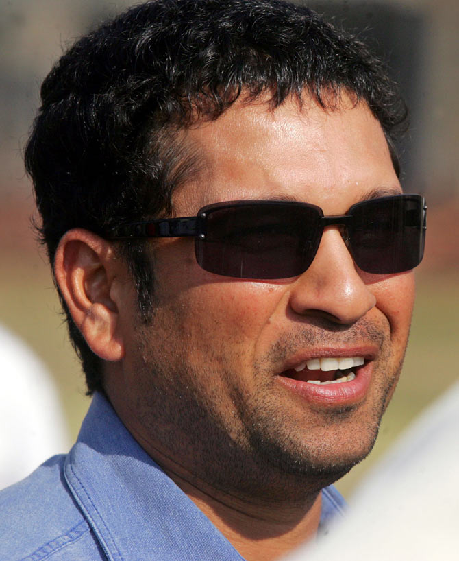 Sachin carries hopes of a billion Indians on his shoulders