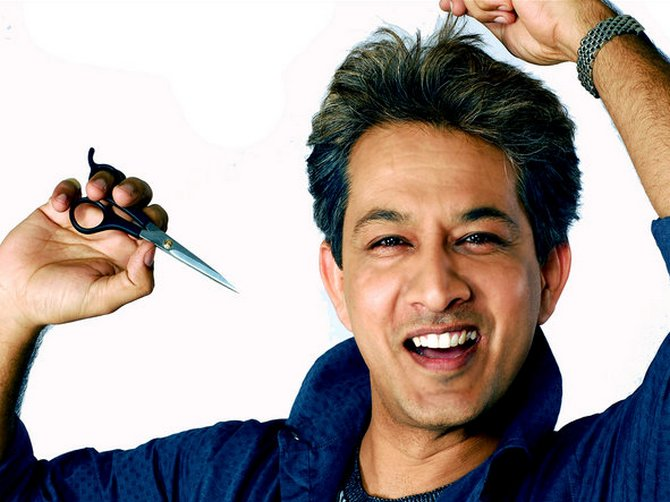 Since 2000, after he became the spokesperson for Sunsilk, Jawed Habib has been in the limelight. And seems to enjoy it.