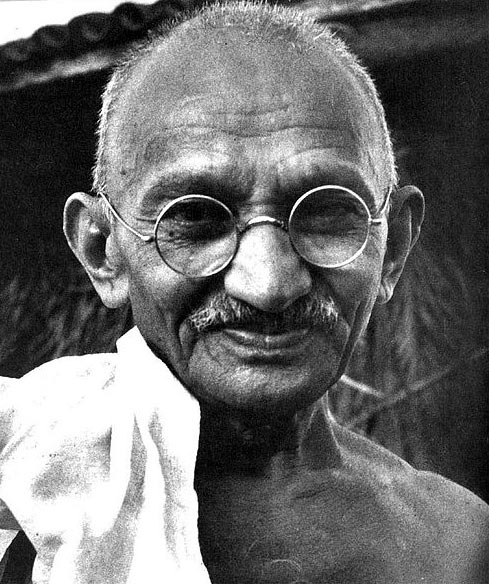 Spectacles worn by Gandhi emerge at UK auction