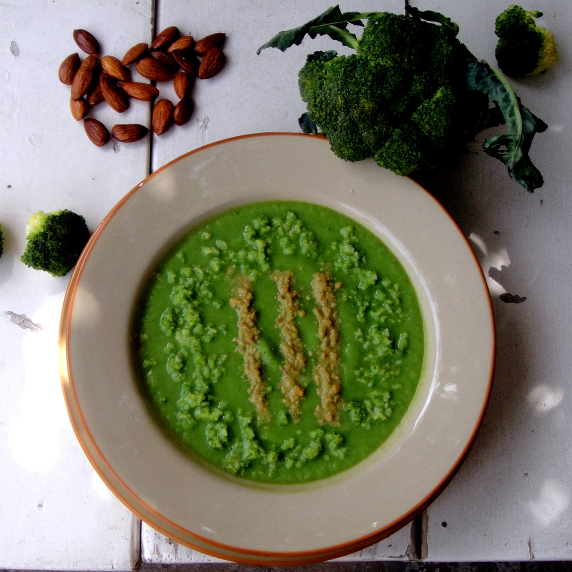 Almond and Broccoli Soup