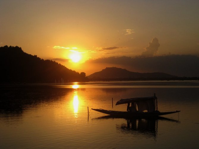 Dal Lake, Jammu and Kashmir