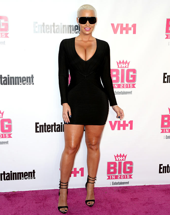 Model Amber Rose attends VH1 Big in 2015 With Entertainment Weekly Awards at Pacific Design Center on November 15, 2015 in West Hollywood, California.