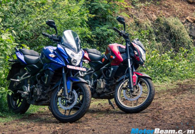 Pulsar AS 200 vs Pulsar 200 NS: And the winner is...