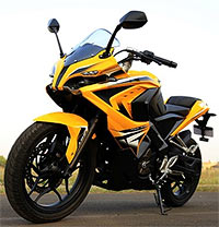 Is Bajaj Pulsar RS200 worth its price?
