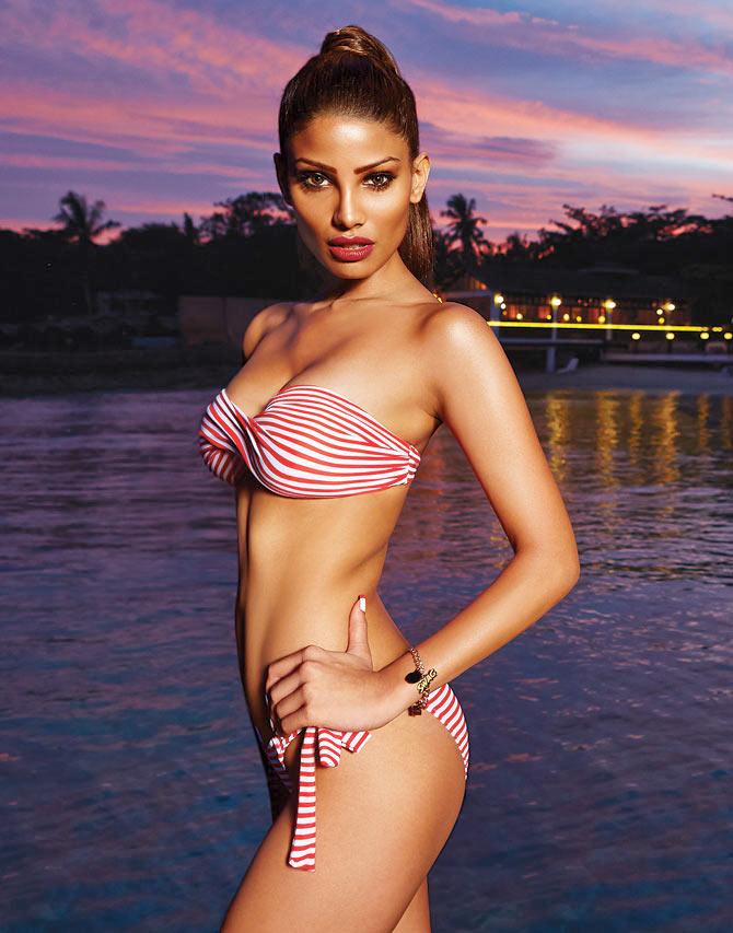 Bikini video