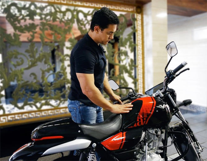 Aamir Khan buys India's patriotic motorcycle