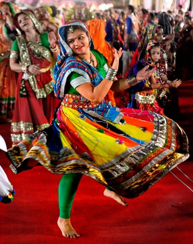 Navratri Pics: Dance, drama, dandiya!