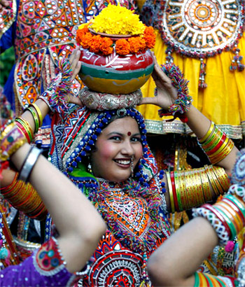 Oh! The glorious tradition of Navratri