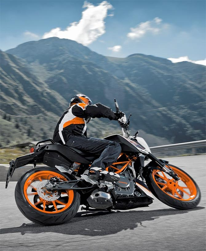 2017 KTM Duke 390: What's new?