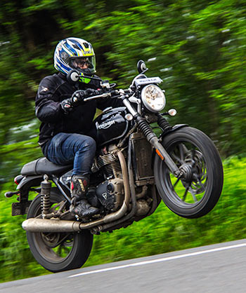 Triumph Street Twin: The British Brute