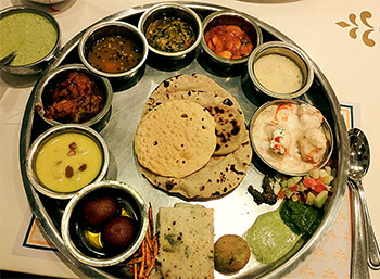 OMG! The Bahubali thali is real