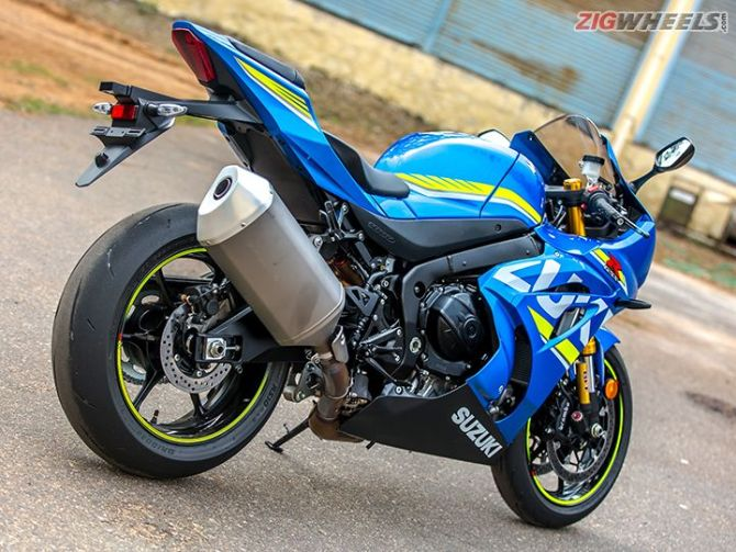 2017 Suzuki GSX-R1000 and GSX-R1000R
