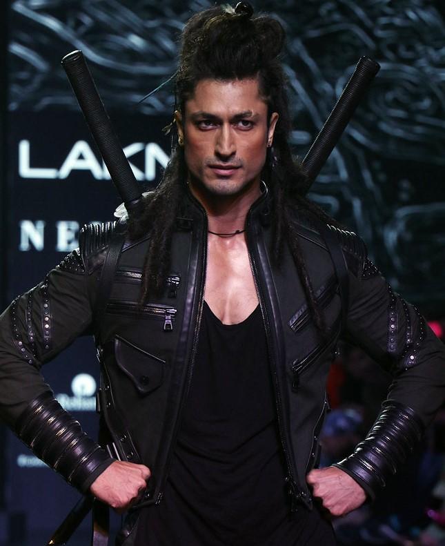 How to look as good as Vidyut Jammwal