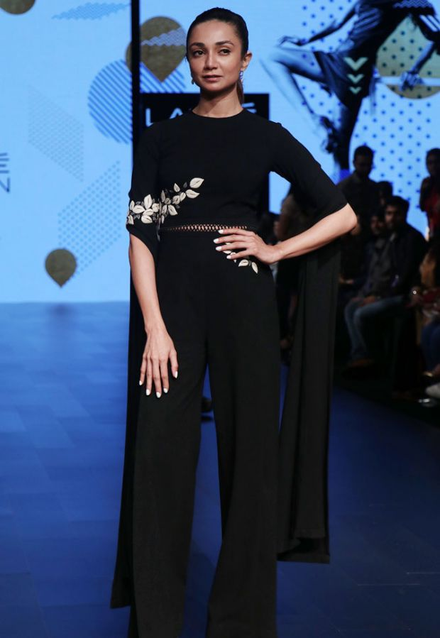Ira Dubey Lakme Fashion Week
