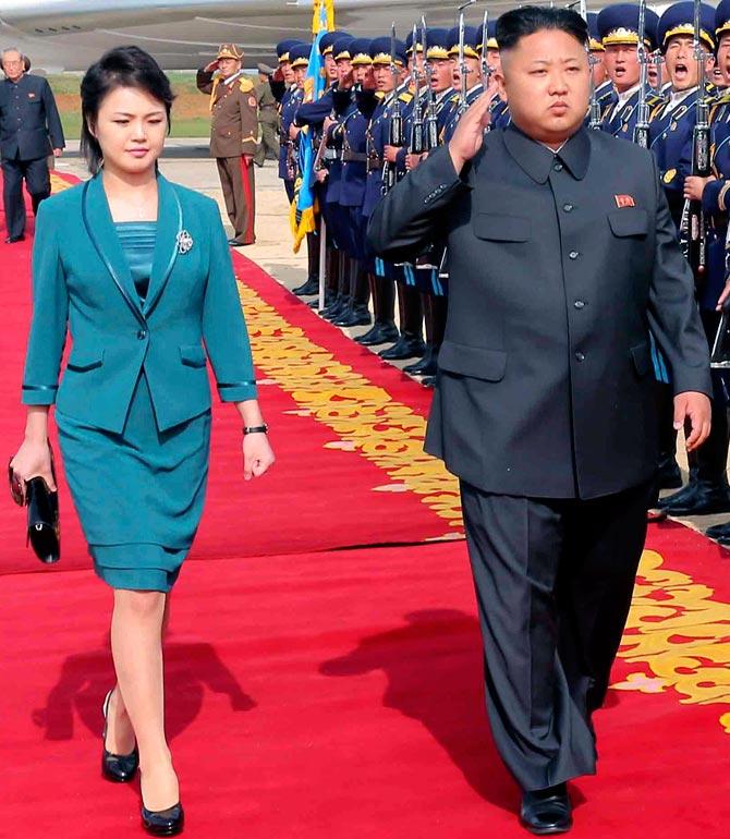 можете ознакомиться ким чен ын с женой фото своих