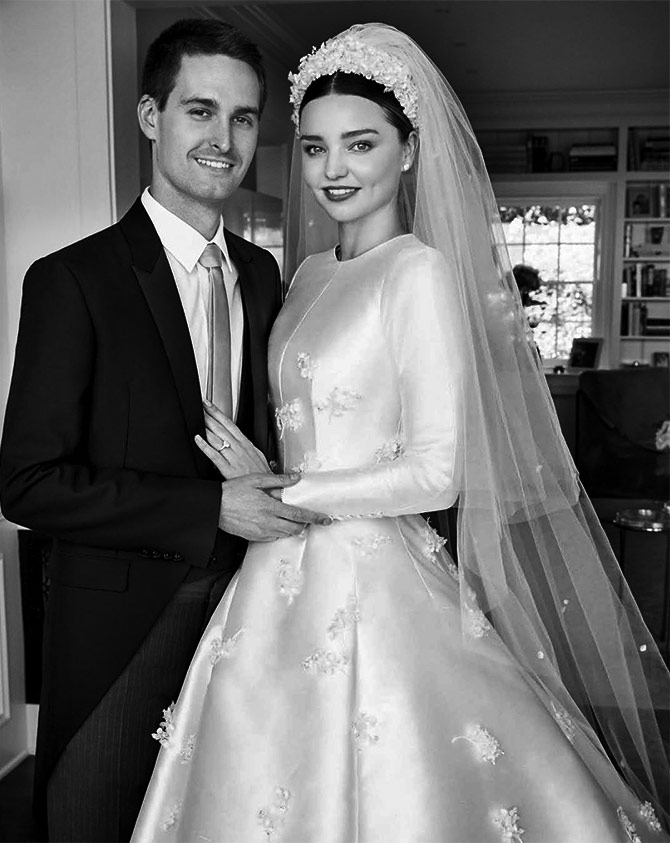 Miranda Kerr Wedding Dress.Wow Miranda S Wedding Gown Inspired By Princess Grace Rediff Com