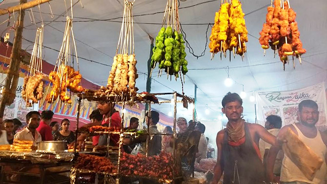 Ramzan pics: Kebabs, mutton biryani, gulab jamun