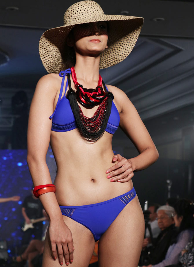 Mona Shroff jewellery collection at India Intimate Fashion Week
