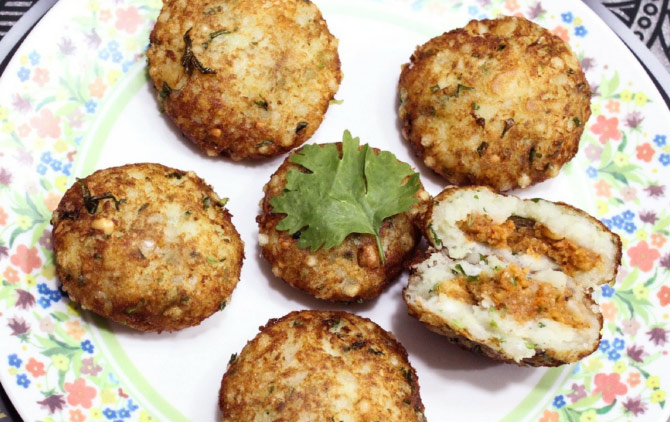 Party appetisers: Maggi Pakoda, Basket Pizza and more