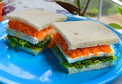 #TricolourRecipe: How to make a tiranga sandwich