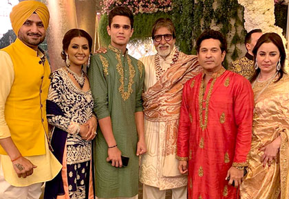 Latest News from India - Get Ahead - Careers, Health and Fitness, Personal Finance Headlines - Sachin, Yuvi, Bhajji bond at Isha Ambani's wedding