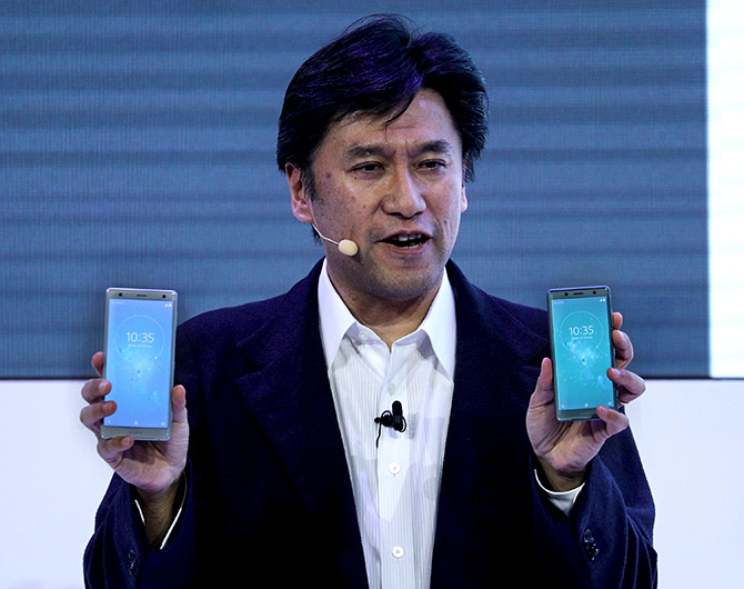 How Sony Xperia raced ahead of the Samsung S9!