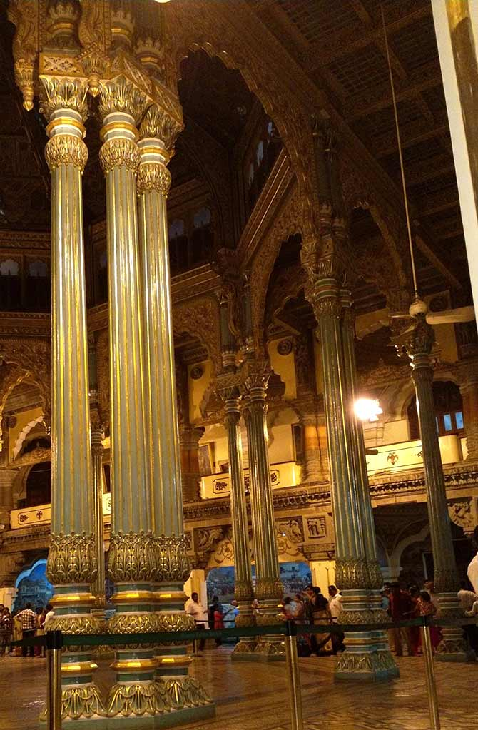 Pix Inside The Magnificent Mysore Palace Rediff Com Get