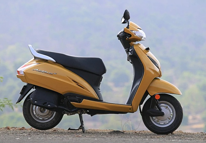 Fine Review Does Honda Activa 5G Have Anything New To Offer Evergreenethics Interior Chair Design Evergreenethicsorg