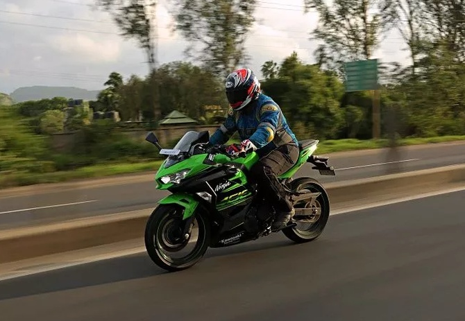 Latest News from India - Get Ahead - Careers, Health and Fitness, Personal Finance Headlines - The Kawasaki Ninja 400 breaks our hearts... here's why!