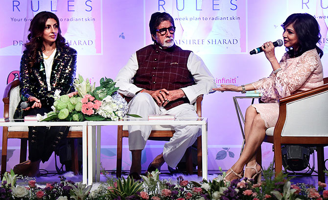 amitabh bachchan launches dr jaishree sharda's book skin rules