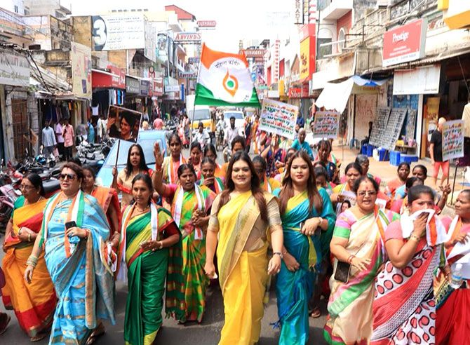 Apsara Reddy campaigns ahead of elections in India