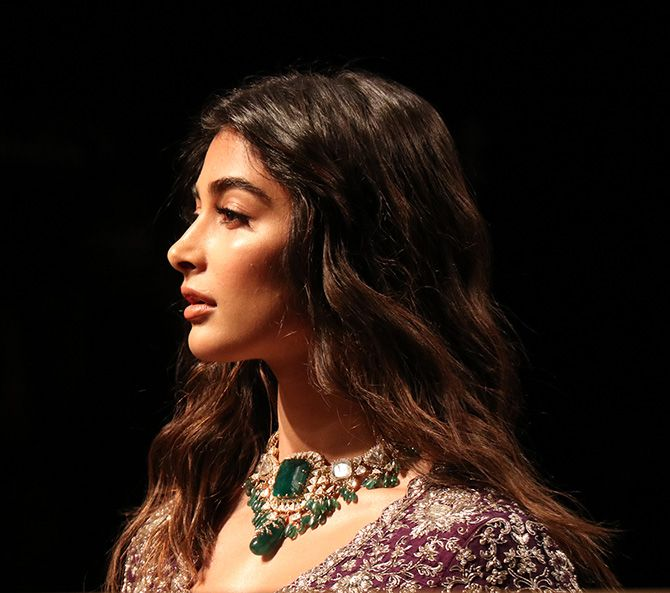 Pooja Hegde walks for Jayanti Reddy