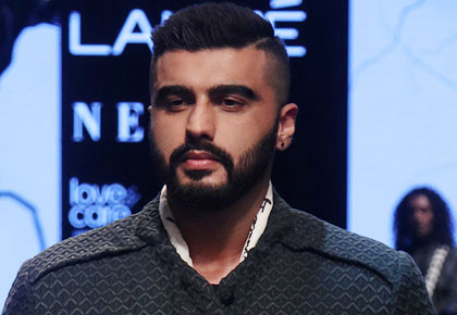 Look... Who joined Arjun Kapoor on the ramp!