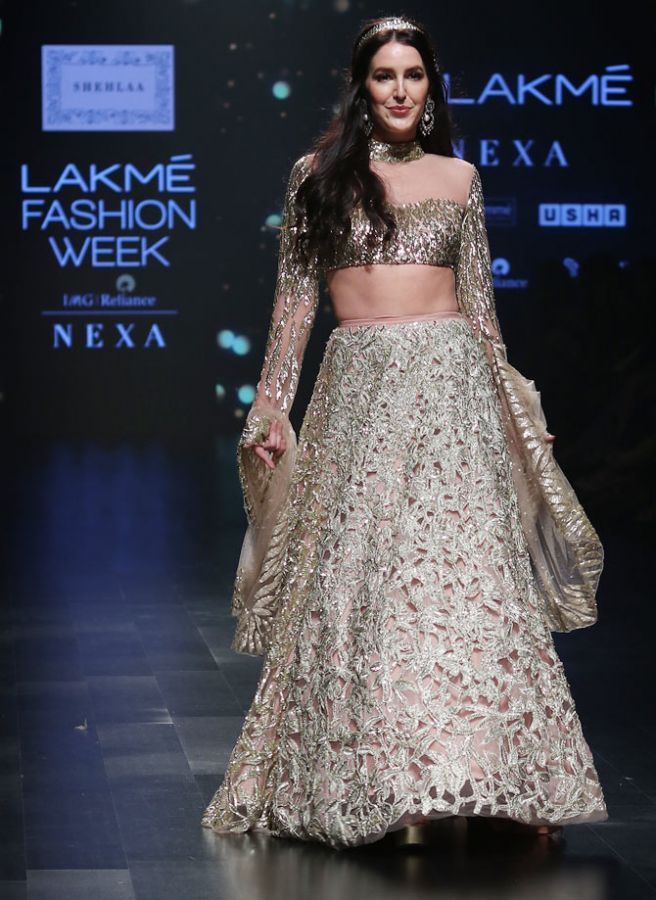 Isabelle Kaif, Bhumi Pednekar and Karan Johar walk for Shehlaa Khan