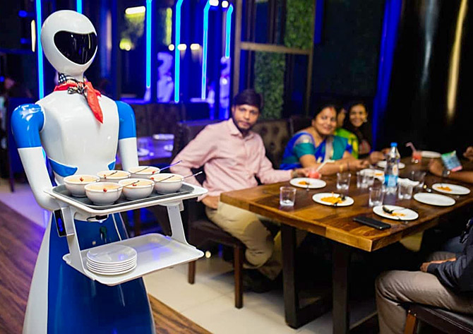 Robot restaurant in Porur