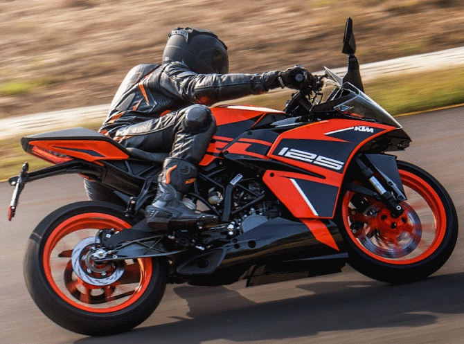 Will you buy KTM RC 125 ABS for Rs 1 47 lakh? - Rediff com