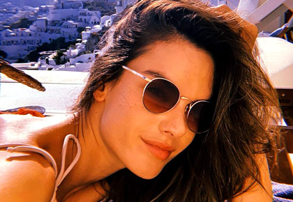 Pics: Alessandra shows off bikini bod in Greece
