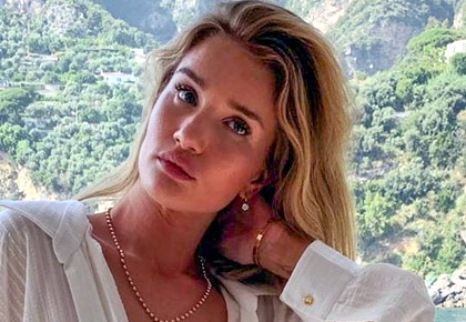 Pics: Rosie Huntington's fun-filled Italian holiday