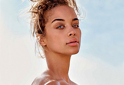 Jasmine Sanders strips for mag cover