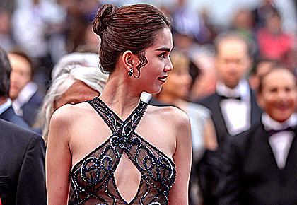 OMG! Is this Cannes' most revealing outfit?